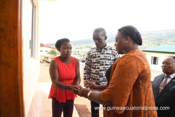 First Lady assists with refurbishment of housing in Moka