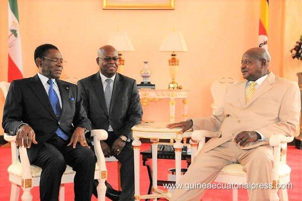 El presidente viaja a uganda p gina oficial del gobierno for Salida de la oficina internacional de origen
